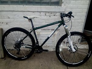 "2012 17""Jamis Dragon 650B American Classic Wheels Whitebrothers Ridden One Time"