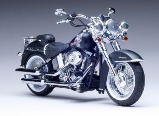 2010 Harley Davidson Softail Deluxe Diecast Motorcycle 1 12 Custom Model 81141