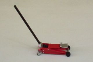 Floor Jack Stands Creeper Garage Diorama Accessory 1 18