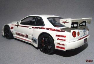 Nissan Skyline GTR Tuner Drift Racer Muscle Machines 1 18 Diecast Race Car