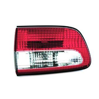 04 TOYOTA SIENNA van TAIL LIGHT LH (DRIVER SIDE) VAN, Assy, Mounted on side panel (2004 04) T730114 81560AE010: Automotive