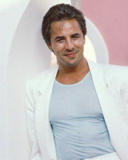 "DON JOHNSON AS DET. JAMES ""SONNY"" CROCKETT FROM MIAMI VICE #8   IN FARBE   Filmfoto   Standard   10x8"" (25x20cm) Küche & Haushalt"