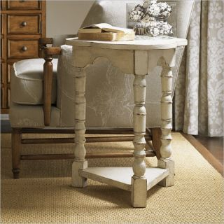 Lexington Twilight Bay Bailey Chairside Table in Antique Linen   01 0351 951